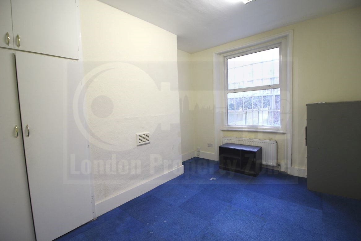 Hammersmith,United Kingdom,2 Rooms Rooms,1 BathroomBathrooms,Office,1094