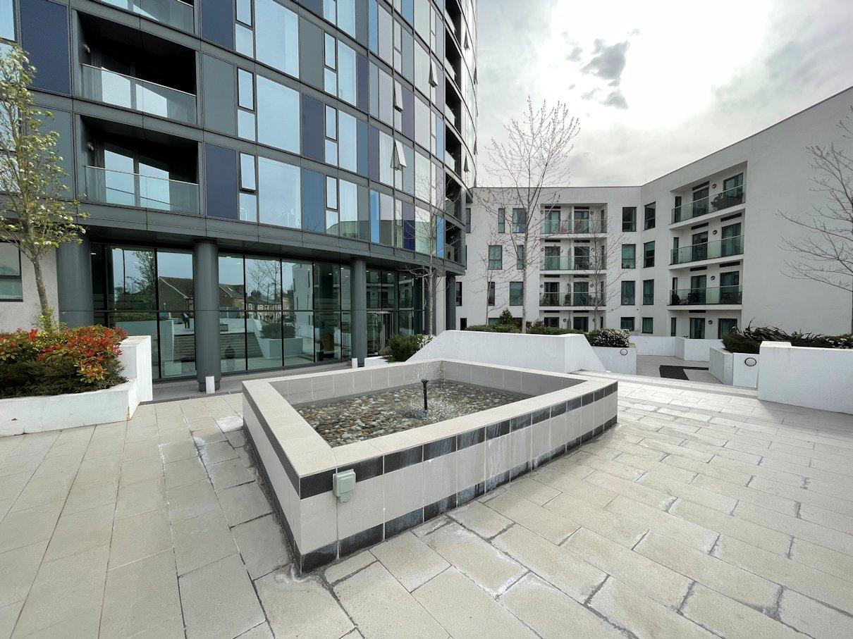 2 bed, 2 bath, flat, in ,The Island ,development ,in Croydon, CR0, CR0 2FB, Croydon letting agent, london property zone