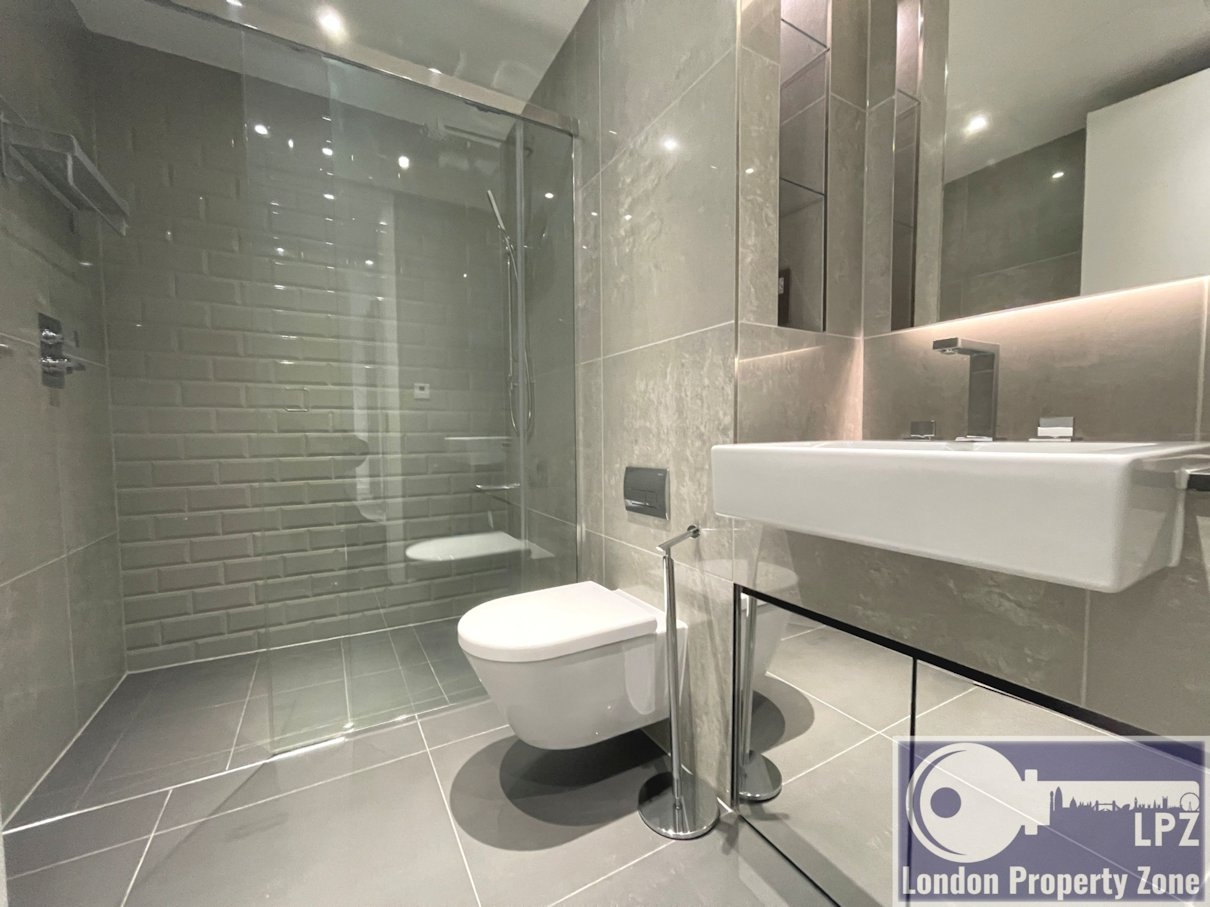 2 bed, 2 bath, 2nd floor, flat, in ,Kingwood House, Goodman\'s Fields , E1, to rent, London estate agent, Aldgate letting agent,