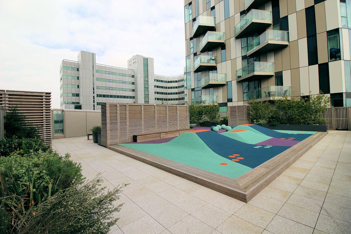 Studio, for sale, in ,Pinnacle Apartments, Croydon, CR0, Croydon estate agents, London Property Zone, flat for sale, flat for sale in Croydon, saffron central Square,